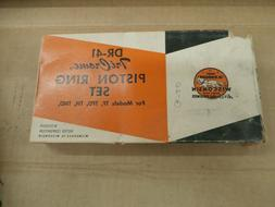 New Wisconsin Parts Ring Set Engine DR41 OLD STOCK